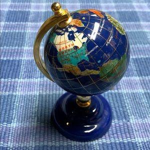 Lovely vintage small polished stone globe. 🌎🌍🌏